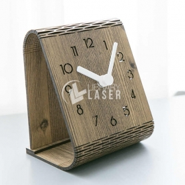 Table clock design