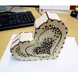 Piggy bank heart design