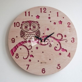 Owl clock design
