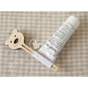Toothpaste holder design