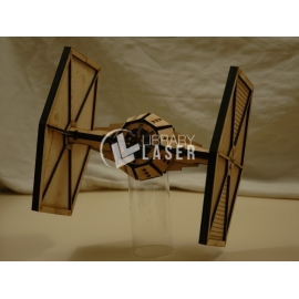 Diseño Star Wars TIE Fighter