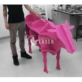 Mueble en forma de vaca Diseño