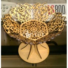 Diseño de recipiente con forma de árbol